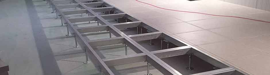 Doppelboden und Doppelbodenanlagen für Technikräume und Schaltwartenanlagen