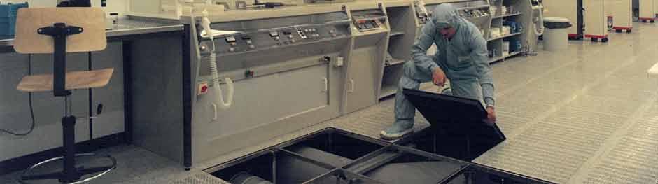 Umbau und Service für Doppelboden und Doppelbodenanlagen